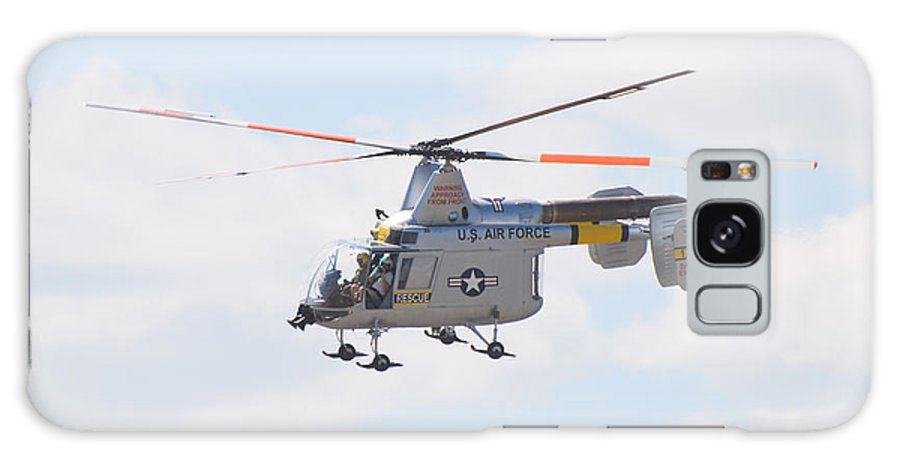 Helicopter Galaxy S8 Case featuring the photograph Hh-43b Huskie by Larry Keahey