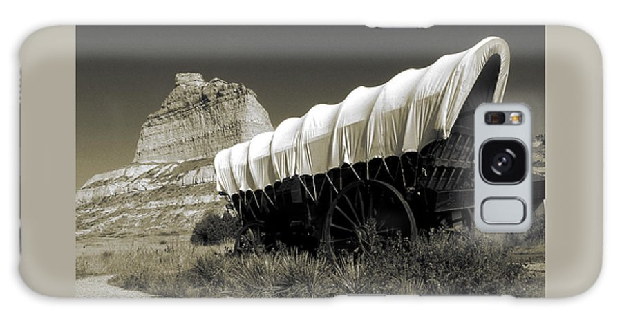 Oregon+trail Galaxy S8 Case featuring the photograph Historic Oregon Trail - Vintage Photo Art Print by Peter Potter