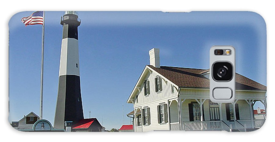 Tybee Island Galaxy S8 Case featuring the photograph Historic Tybee Island Lighthouse II by Suzanne Gaff