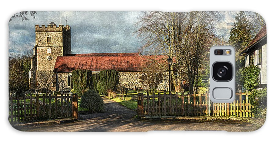 Cookham Galaxy S8 Case featuring the photograph Holy Trinity Church Cookham by Ian Lewis