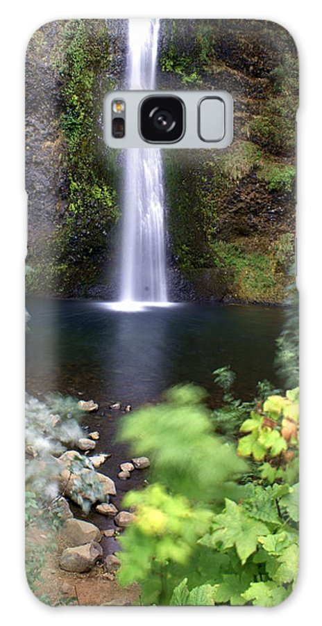 Columbia River Gorge Galaxy S8 Case featuring the photograph Horsetail Falls Basin by Marty Koch
