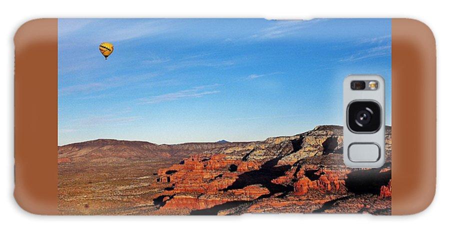 Hot Air Balloon Galaxy S8 Case featuring the photograph Hot Air Balloon Flight 011914iii by Edward Dobosh