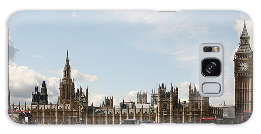 Big Galaxy S8 Case featuring the photograph Houses Of Parliament. by Christopher Rowlands