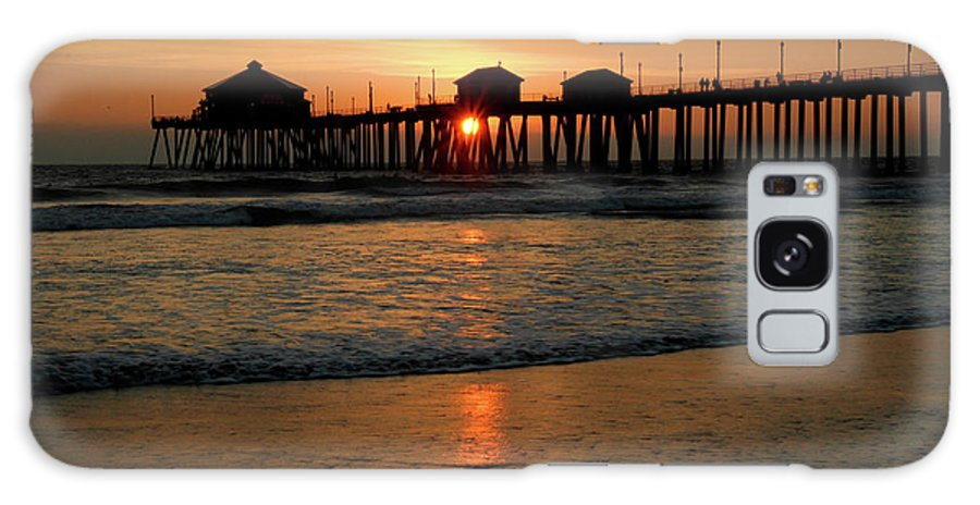 Huntington Galaxy S8 Case featuring the photograph Huntington Beach Pier At Sunset by Pierre Leclerc Photography