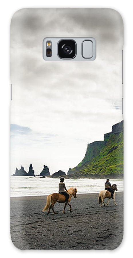 Iceland Galaxy S8 Case featuring the photograph Icelandic Horses On The Beach In Vik Iceland by Matthias Hauser