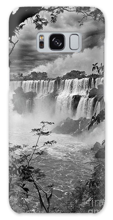 Iguazu Galaxy S8 Case featuring the photograph Iguazu Falls Vi by Bernardo Galmarini