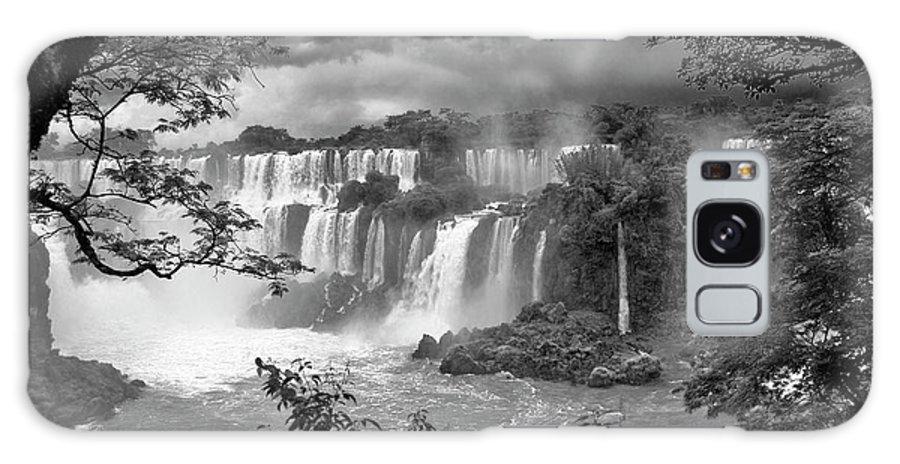 Iguazu Galaxy S8 Case featuring the photograph Iguazu Falls Vii by Bernardo Galmarini