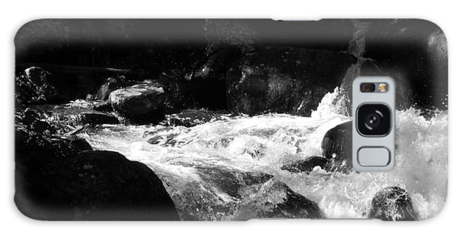 Rivers Galaxy S8 Case featuring the photograph Into The Light by Amanda Barcon