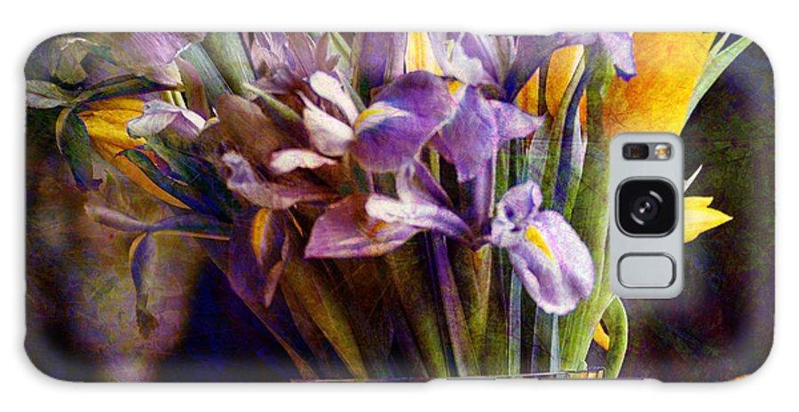 Purple Galaxy S8 Case featuring the digital art Irises In A Glass by Barbara Berney