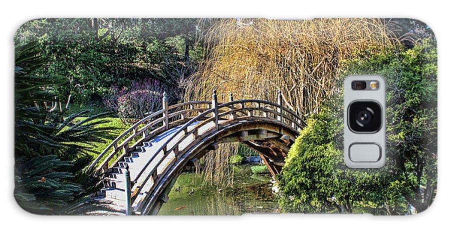 Huntington Library And Gardens Galaxy S8 Case featuring the photograph Japanese Garden Bridge by Tommy Anderson