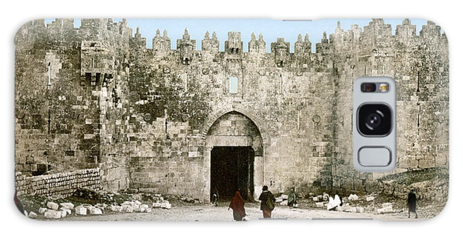 1900 Galaxy S8 Case featuring the photograph Jerusalem: Damascus Gate by Granger