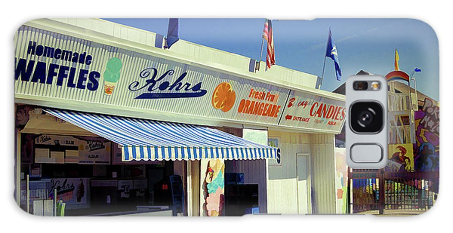 Kohrs Galaxy S8 Case featuring the photograph Kohrs Ice Cream Seaside Park by Bob Cuthbert