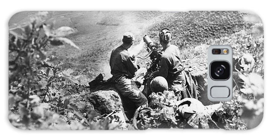 1951 Galaxy S8 Case featuring the photograph Korean War: Machine Gun by Granger