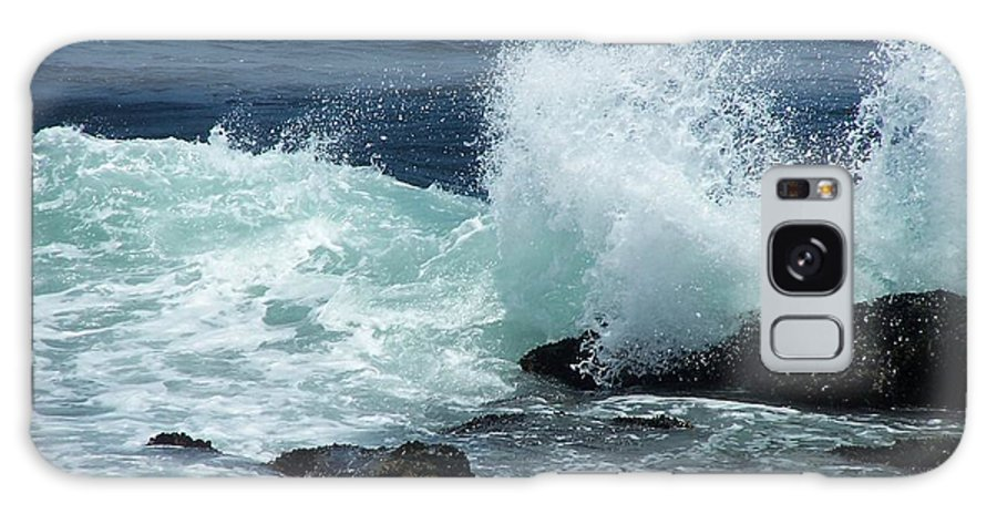 Waves Galaxy S8 Case featuring the photograph Lajolla Surf by Joan Gal-Peck