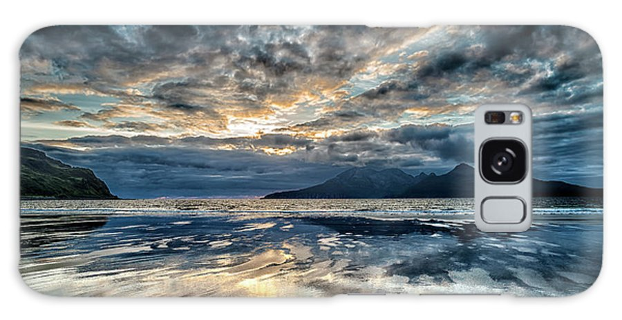 Stunning Galaxy S8 Case featuring the photograph Last Light Isle Of Rum From Isle Of Eigg by Charles Hutchison