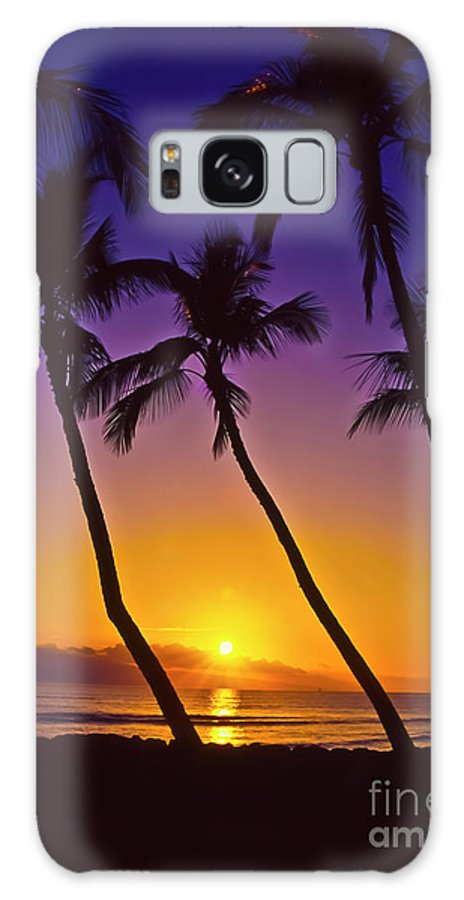 Sunset Galaxy Case featuring the photograph Launiupoko Sunset by Jim Cazel