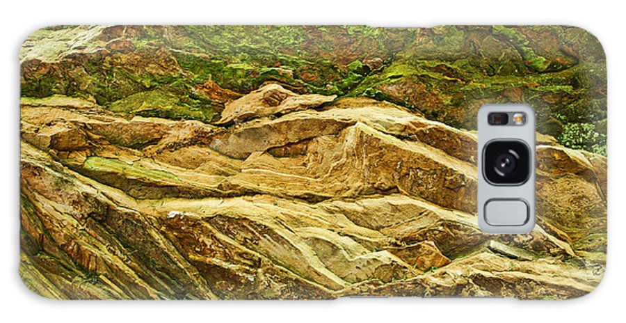 Rocks Layers Geology Moss Photography Photograph Art Digital Galaxy S8 Case featuring the photograph Layers by Shari Jardina