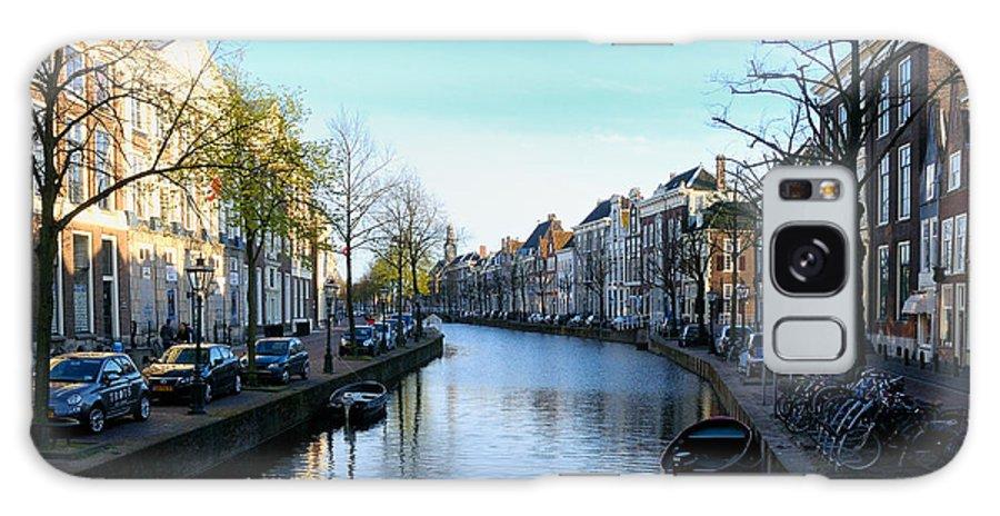 Leiden Galaxy S8 Case featuring the photograph Leiden, Holland by Soon Ming Tsang