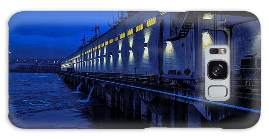 Pacific Northwest Dam Hydro Power Electricity Dark Light Galaxy S8 Case featuring the photograph Light Up The Dark by Garrett Hall