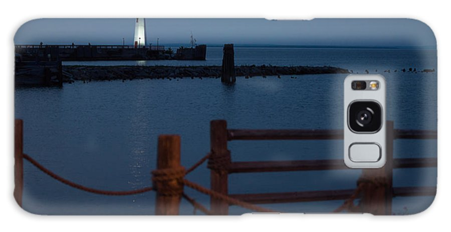 Lighthouse Galaxy S8 Case featuring the photograph Lighthouse Path by Wesley Farnsworth