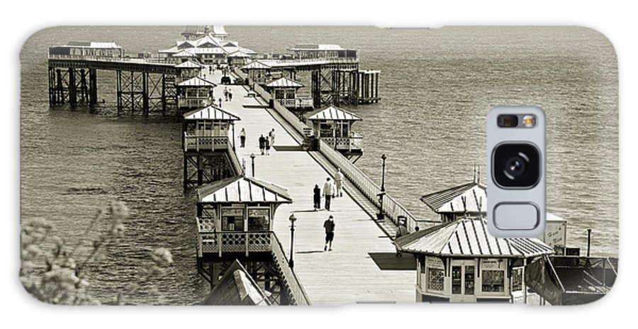 Pier Galaxy S8 Case featuring the photograph Llandudno Pier North Wales Uk by Mal Bray