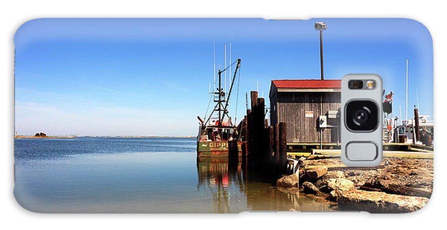 Long Beach Island Bay Galaxy S8 Case featuring the photograph Long Beach Island Bay by John Rizzuto