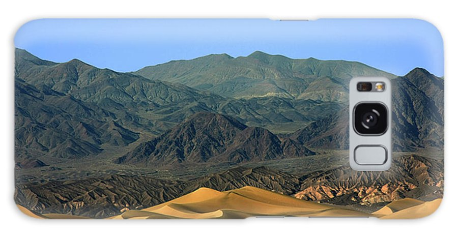 Death Valley National Park Galaxy S8 Case featuring the photograph Mesquite Flat Sand Dunes - Death Valley National Park Ca Usa by Christine Till
