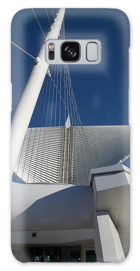 Mam Galaxy S8 Case featuring the photograph Milwaukee Art Museum Cropped by Anita Burgermeister