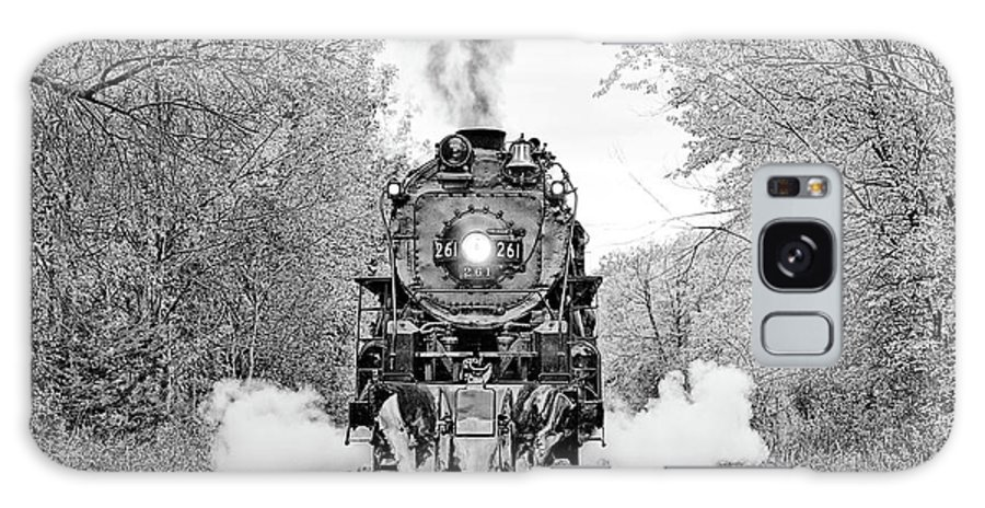 Milwaukee Road Galaxy S8 Case featuring the photograph Milwaukee Road 261 by Steve Lucas