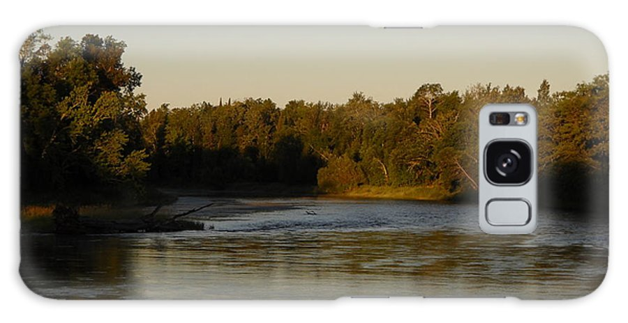 River Galaxy S8 Case featuring the photograph Mississippi River Morning Glow by Kent Lorentzen