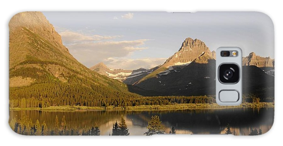 Montana Sunrise Galaxy S8 Case featuring the photograph Montana Sunrise by Keith Lovejoy