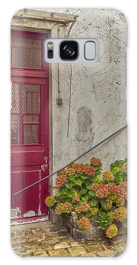 Paris Galaxy S8 Case featuring the photograph Montmartre Doorway by Karen Hermann