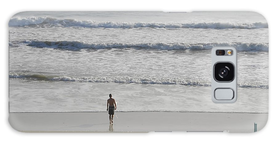 Surfing Galaxy S8 Case featuring the photograph Morning Surf by David Lee Thompson