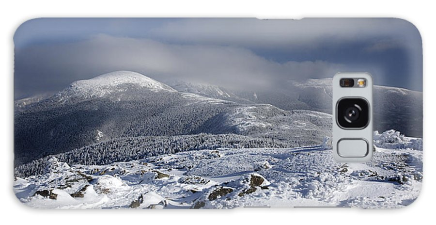 White Mountains Galaxy S8 Case featuring the photograph Mount Washington - New Hampshire Usa by Erin Paul Donovan