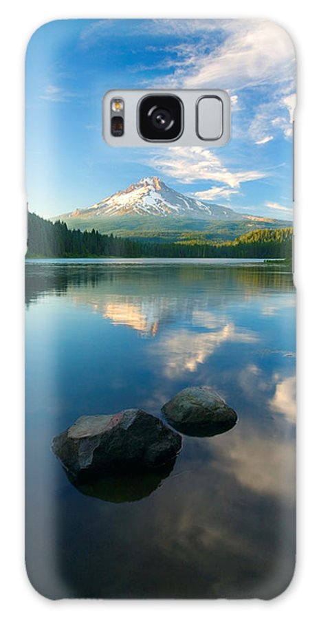 Mt. Hood Galaxy S8 Case featuring the photograph Mt. Hood Cirrus Explosion by Mike Dawson