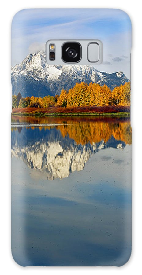 Mt Moran Galaxy S8 Case featuring the photograph Mt Moran From The Ox Bow by Gary Langley