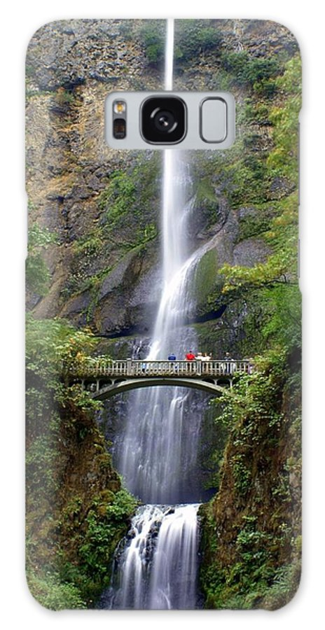 Waterfalls Galaxy S8 Case featuring the photograph Multanomah Falls by Marty Koch