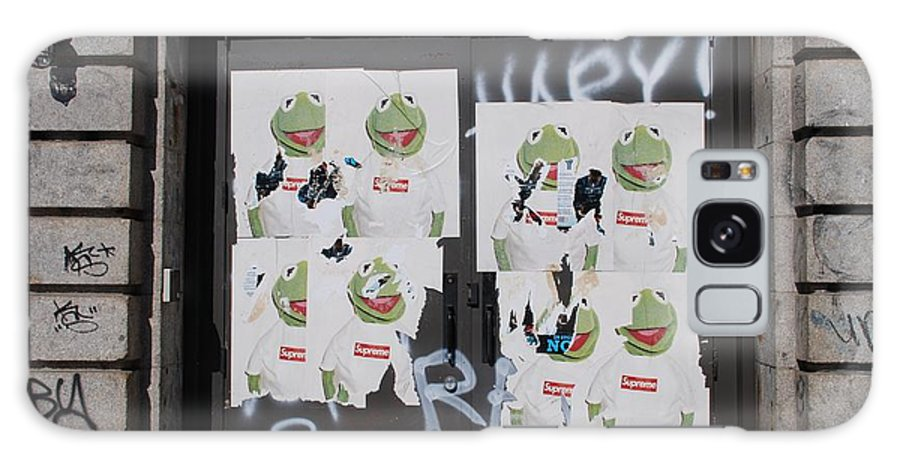 Kermit The Frog Galaxy Case featuring the photograph N Y C Kermit by Rob Hans
