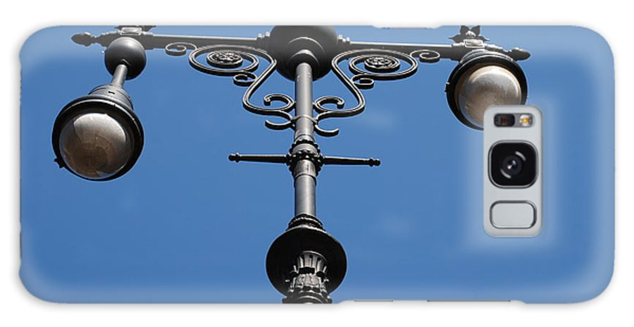 Lamppost Galaxy Case featuring the photograph Old Lamppost by Rob Hans