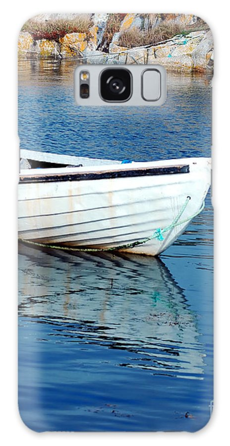 Old Galaxy S8 Case featuring the photograph Old Row Boat by Kathleen Struckle
