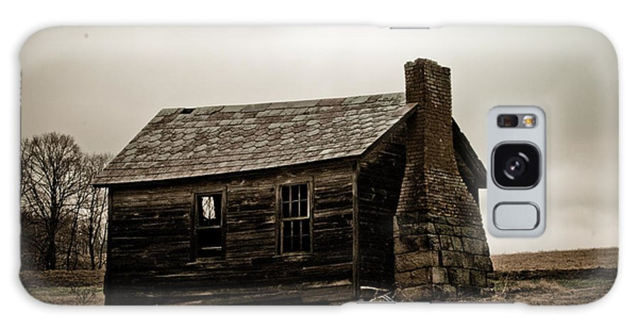 Farm House Galaxy S8 Case featuring the photograph Once A Farmers Home by Tony Bazidlo