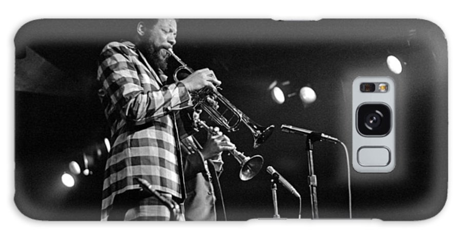 Ornette Colman Galaxy S8 Case featuring the photograph Ornette Coleman On Trumpet by Lee Santa