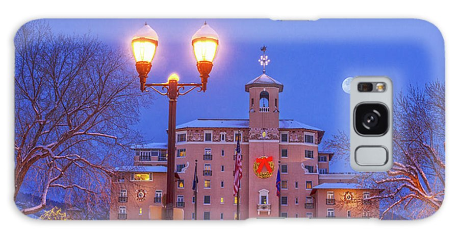 The Broadmoor Hotel Galaxy S8 Case featuring the photograph Our Annual Hometown Fete In A World-famous Hotel by Bijan Pirnia