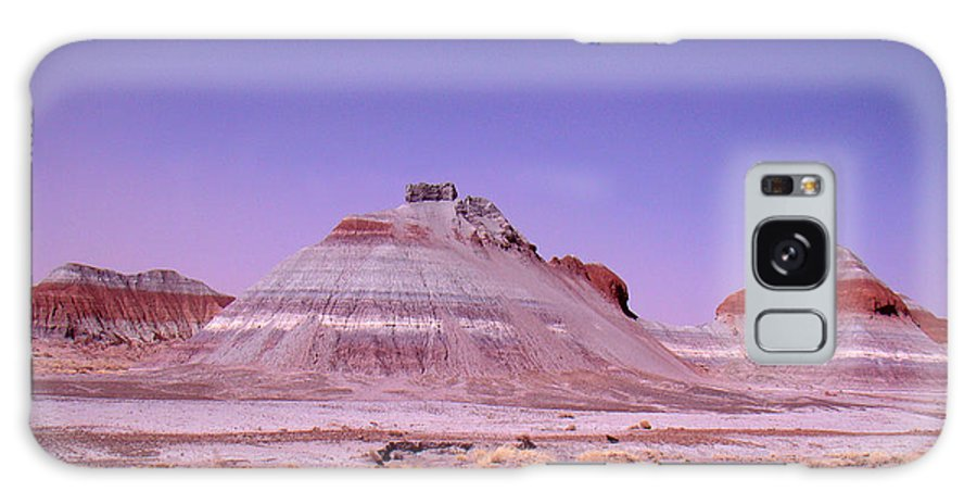 Painted Desert Galaxy S8 Case featuring the photograph Painted Desert Tepees by Merja Waters