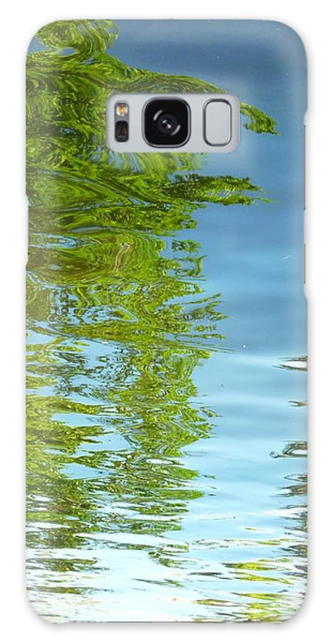 Water Galaxy S8 Case featuring the photograph Palm Flect IIi by Florene Welebny