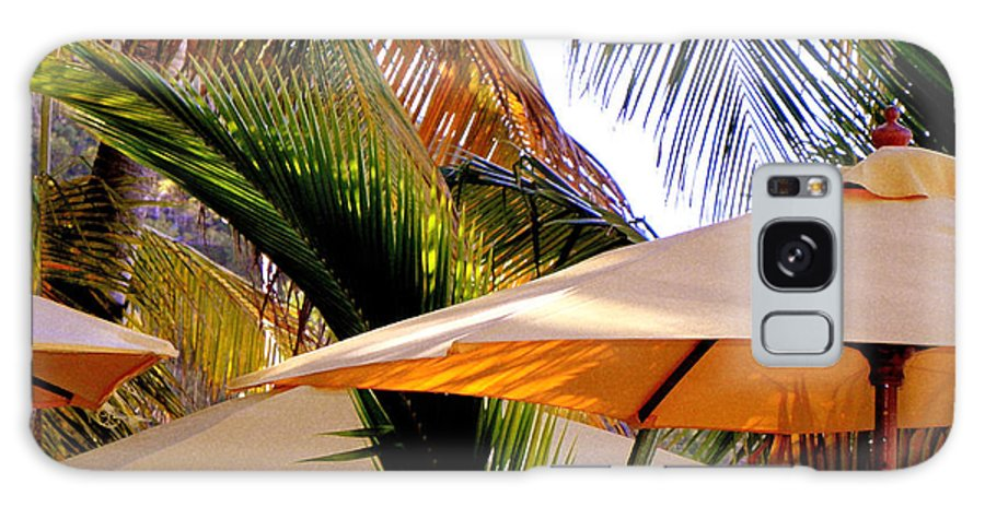 Umbrellas Galaxy S8 Case featuring the photograph Palm Serenity by Karen Wiles