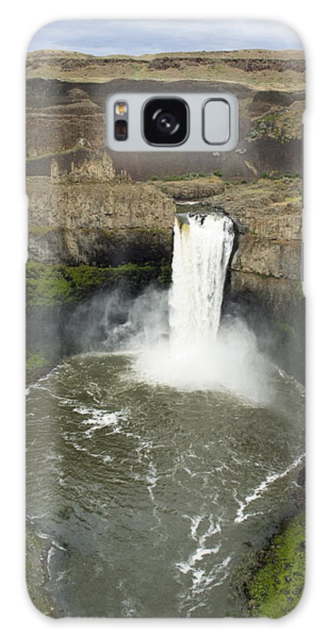 Falls Galaxy S8 Case featuring the photograph Palouse Falls State Park by Louise Magno