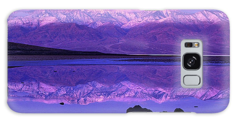North America Galaxy S8 Case featuring the photograph Panorama Badwater And The Panamint Range At Sunrise Death Valley by Dave Welling