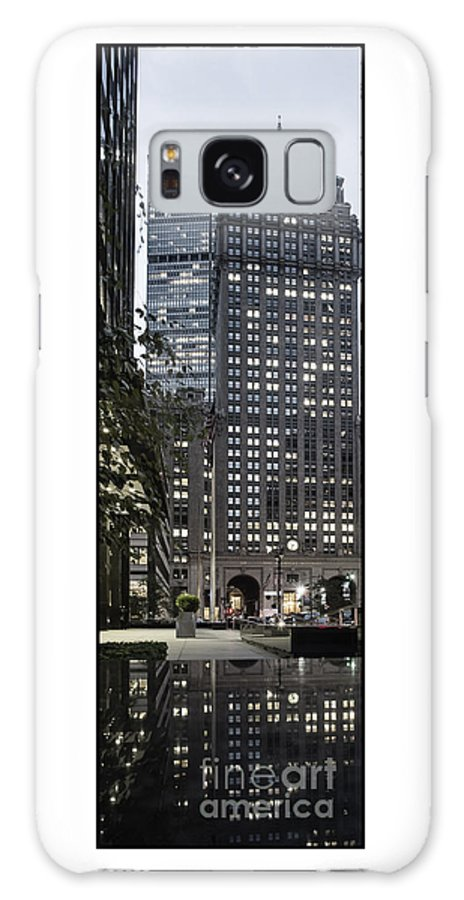 Park Avenue Galaxy S8 Case featuring the photograph Park Avenue Met Life Nyc by Juergen Held