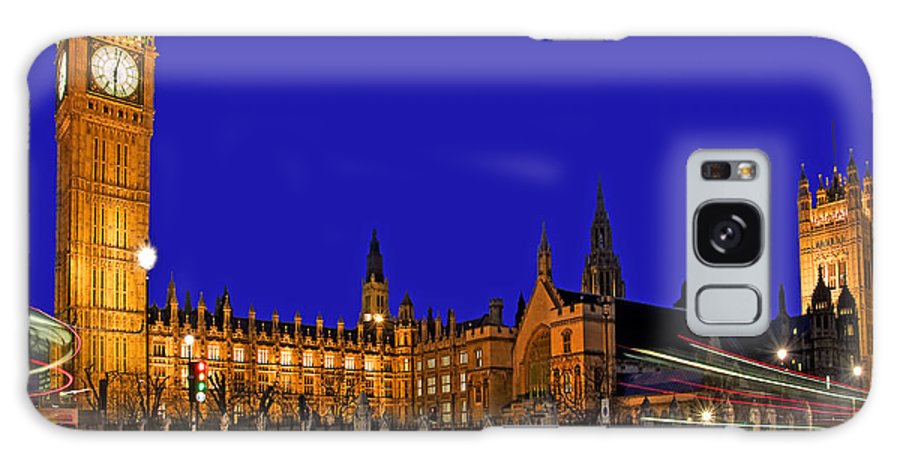 London Galaxy S8 Case featuring the photograph Parliament Square In London by Chris Smith